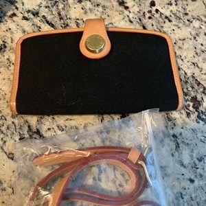USED Dooney & Bourke Black Cabriolet Wallet 🖤